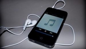 Come inviare file audio con WhatsApp dall'iPhone