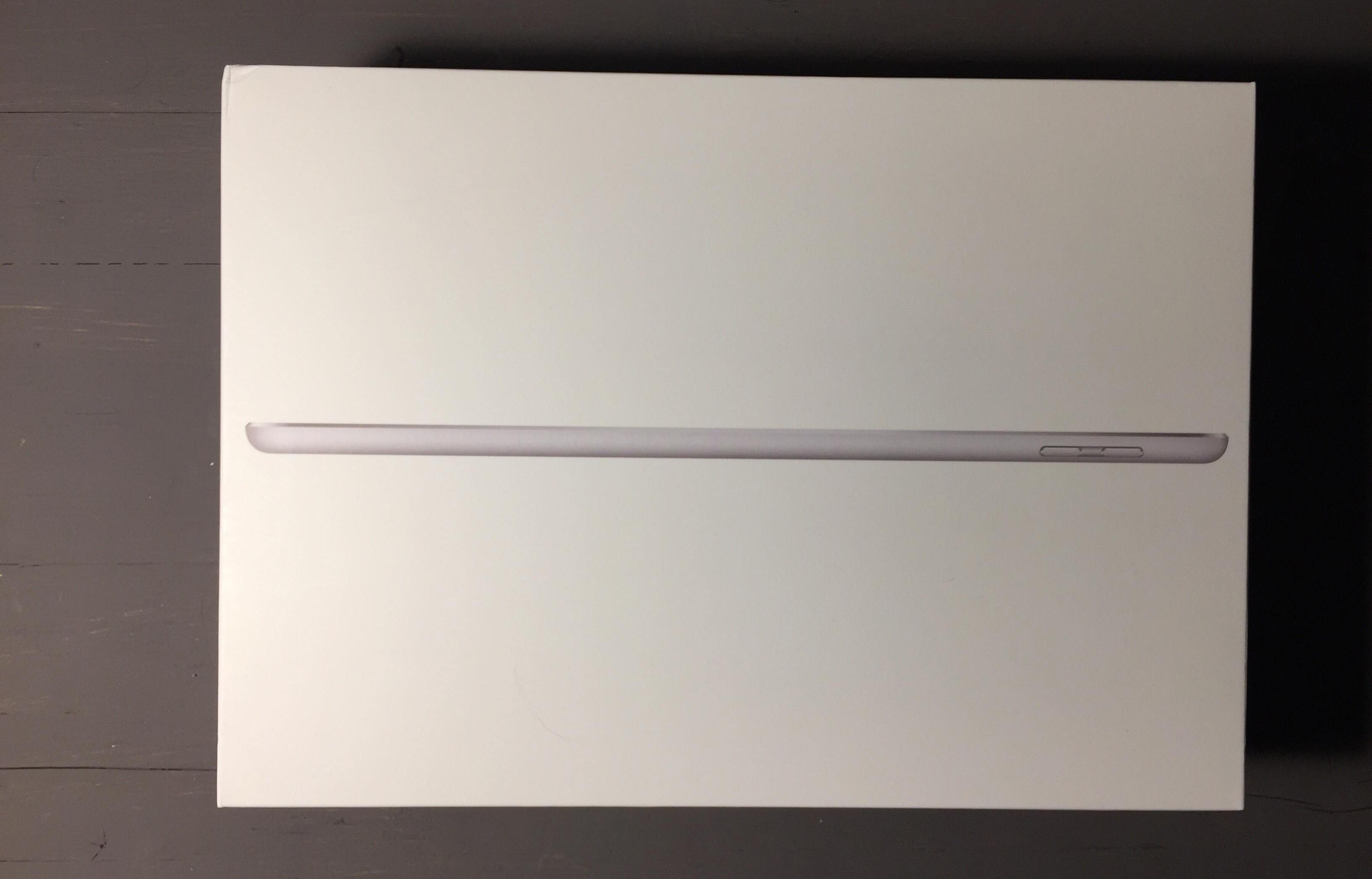 confezione iPad 2017 32GB Cellular