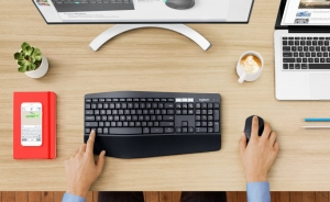 Logitech MK850 kit mouse e tastiera