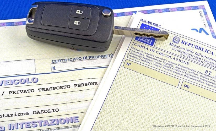 Guardare con attenzione il certificato di proprietà
