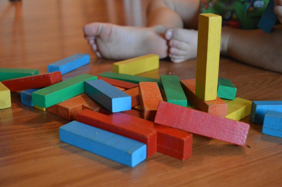 I giochi di legno per bambini sono sicuri