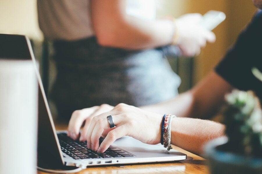 Business: perché il mercato digitale dell'e-commerce determina sempre di più l'economia e la finanza a livello globale